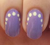 Roundabout-dots-manicure